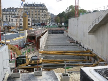 Construction du parking dans la rue Rostropovitch