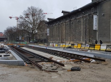 Paris-Batignolles-Theatre-rails